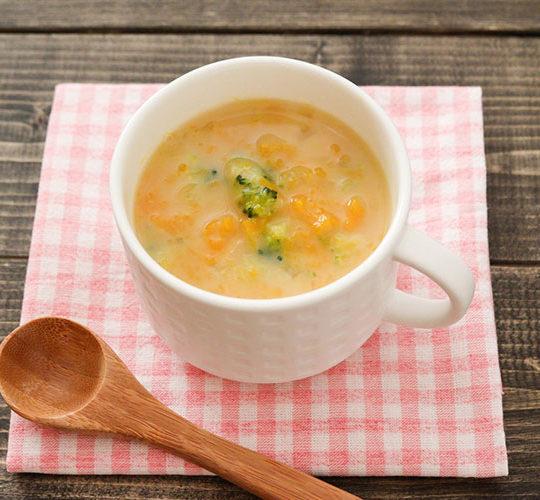 【幼児食】 簡単かぼちゃスープ【バター不使用】
